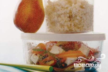 Рецепт Коричневый рис с овощами и тофу