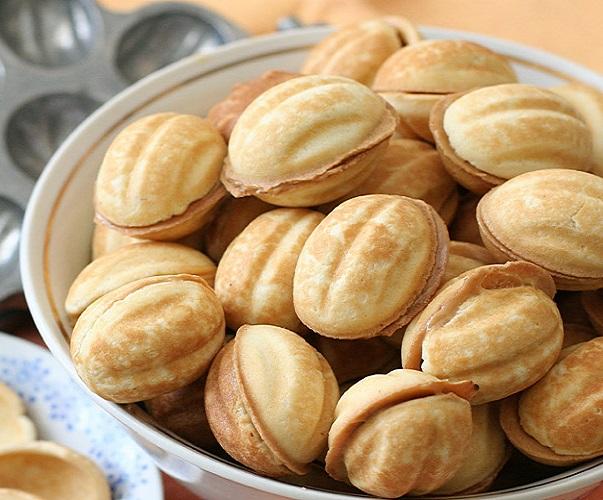 Тесто для орешков со сгущенкой - фото шаг 7