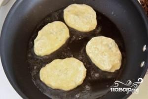 Картофельные котлеты с зеленью - фото шаг 4