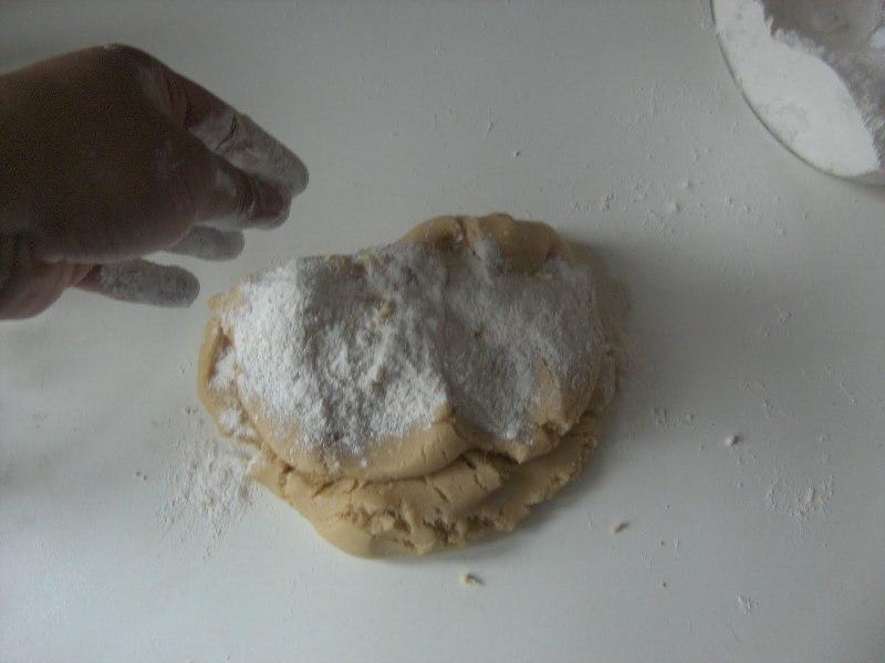 Печенье на майонезе через мясорубку - фото шаг 5