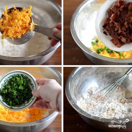Лепешки с беконом, луком и сыром - фото шаг 3