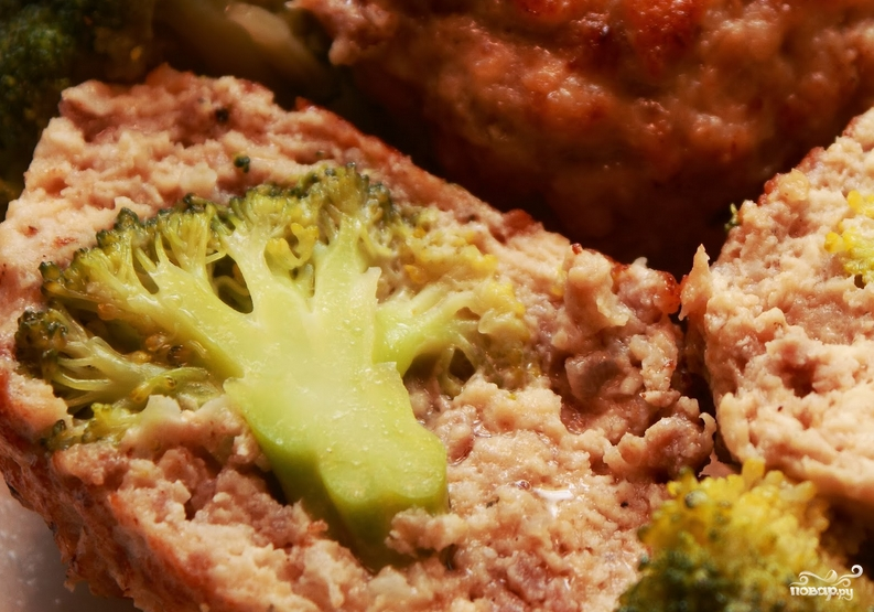 Котлеты из индейки с брокколи - фото шаг 5