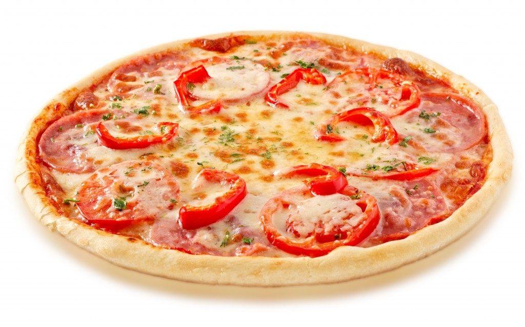 Рецепт Пицца с перцем и колбасой
