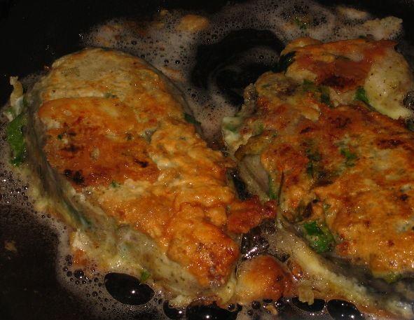 Рыба, жаренная в яйце - фото шаг 8