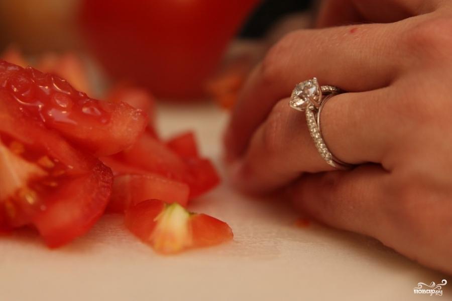 Брускетта с помидорами - фото шаг 1