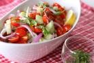 Салат с горчичной заправкой и помидорами черри