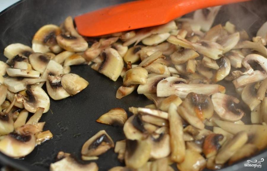 Картошка с грибами в сливках - фото шаг 3