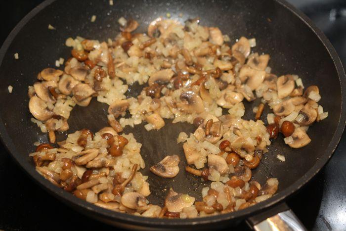 Каннеллони с грибами - фото шаг 9