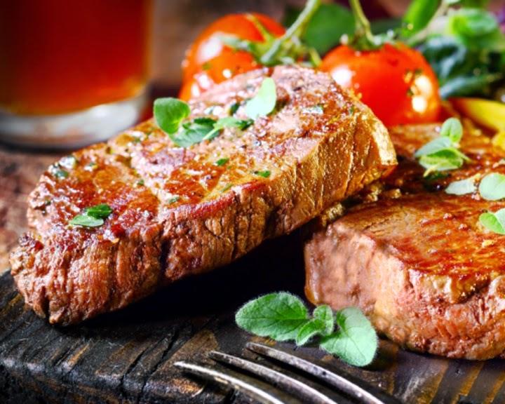 как приготовить стейки из свинины в духовке сочно и вкусно