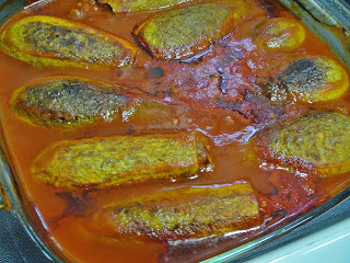 Фаршированные кабачки в томатном соусе - фото шаг 7