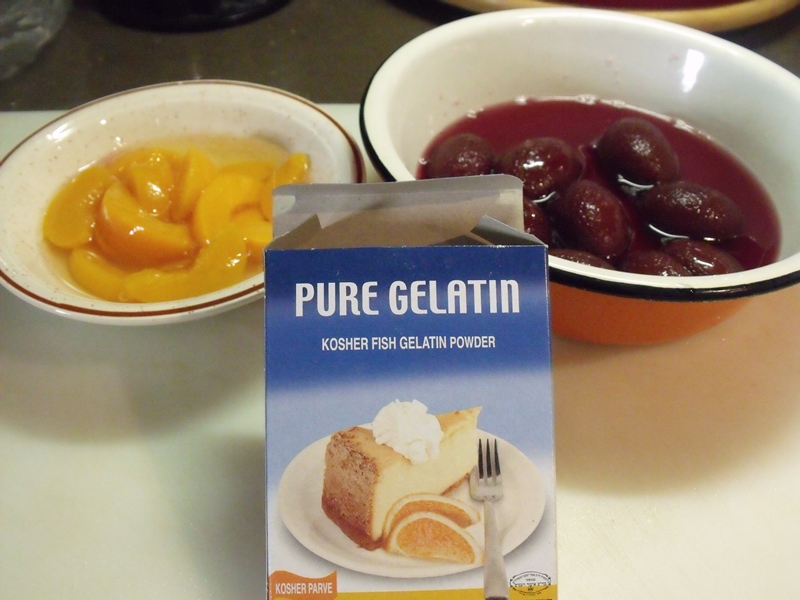 Рецепт Желе из консервированных персиков