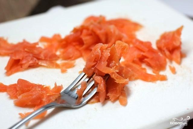 Закуска в тарталетках с семгой - фото шаг 1