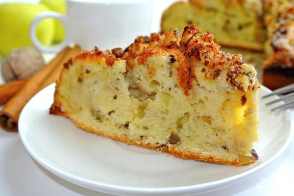 Пирог с яблоками и орехами - фото шаг 8
