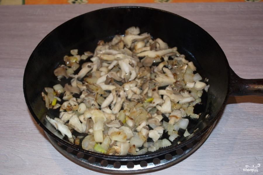 Суп из вешенок с картошкой - фото шаг 3
