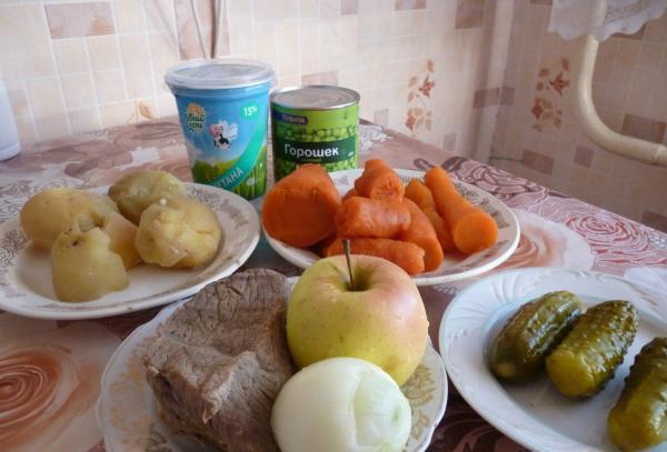 """Рецепт Салат """"Оливье"""" с яблоками"""