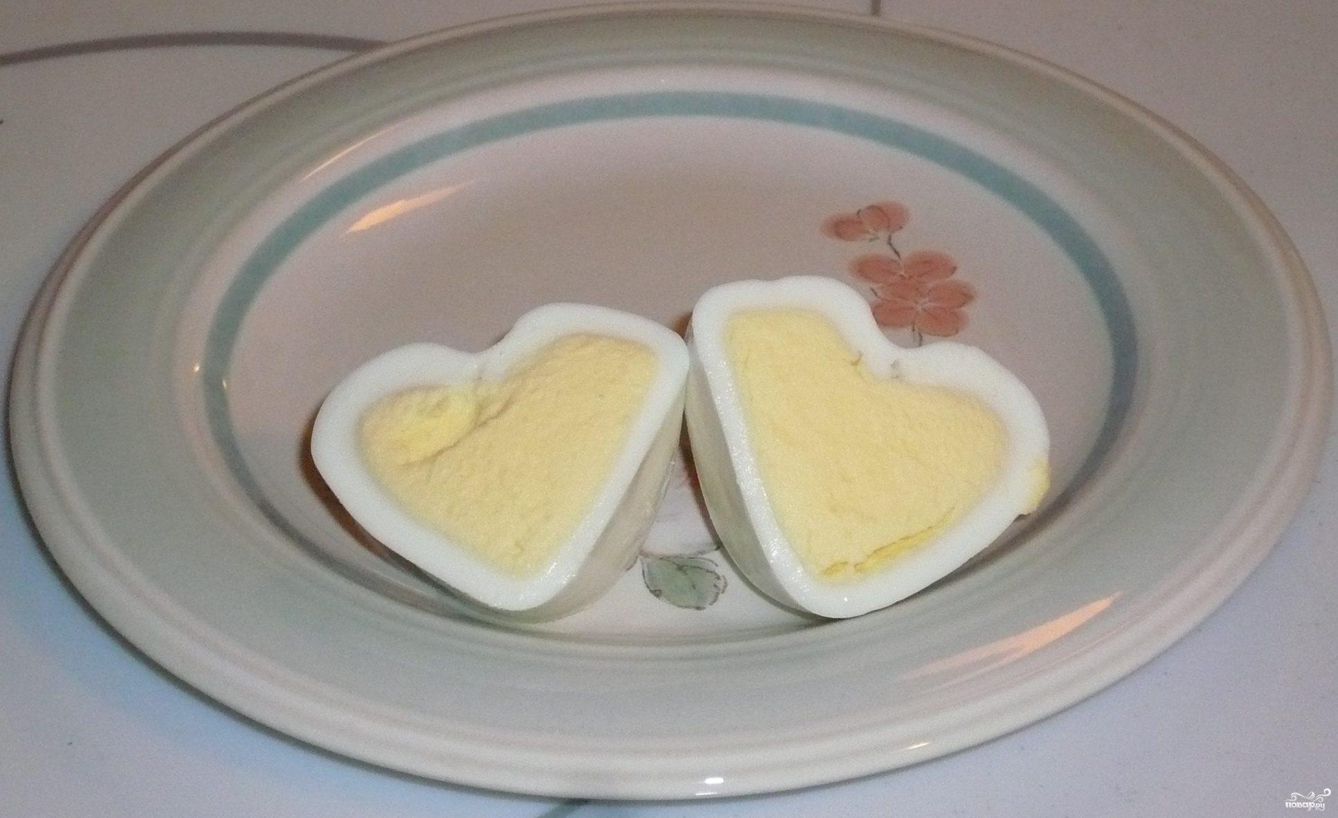 Яйца в форме сердечек