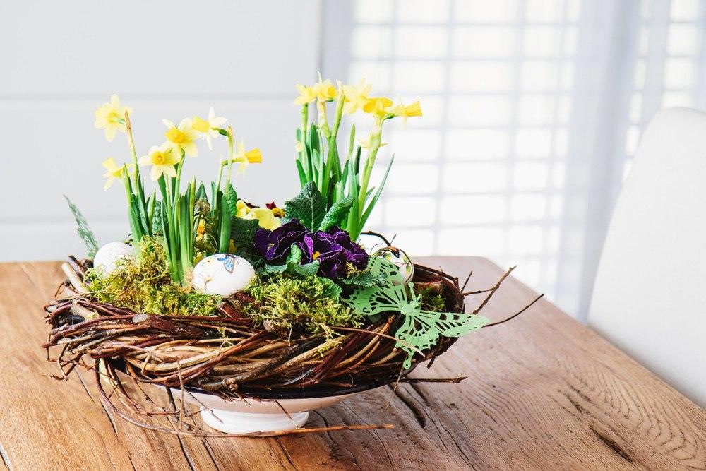 Цветочные композиции для украшения пасхального стола