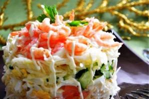 Салат слоями из красной рыбы