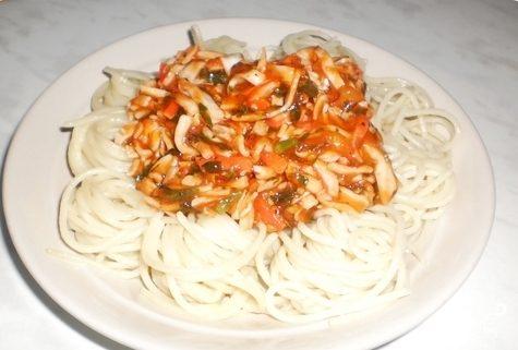 Спагетти с крабовыми палочками