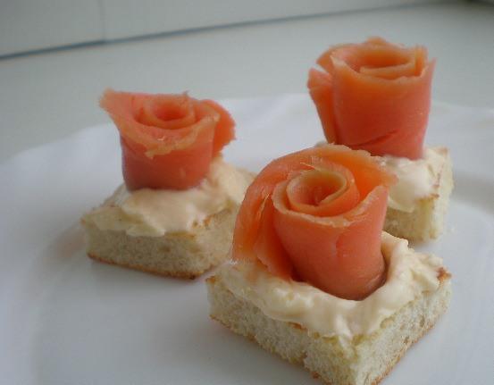 Маленькие закусочные бутерброды - фото шаг 3