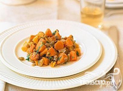 Салат с морковью и чечевицей