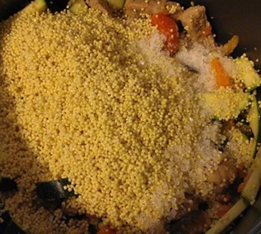Пшеничная каша с соевым мясом и овощами - фото шаг 5
