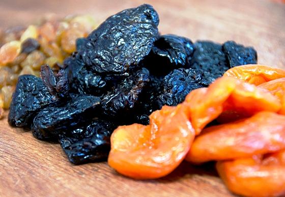 Рецепт Вегетарианские конфеты из сухофруктов
