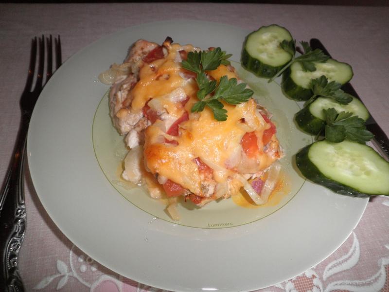 куриное филе с картошкой сыром и помидорами в духовке