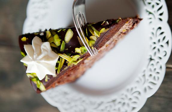 Бисквитный торт с пропиткой - фото шаг 17