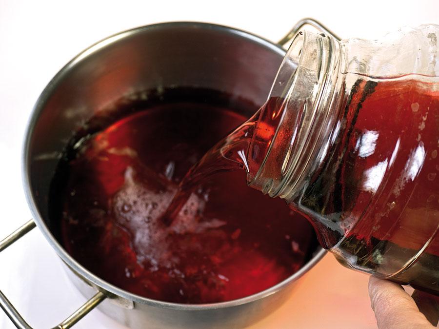 Приготовление вина в домашних условиях из чёрной смородины 984