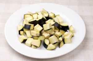 Салат к запеченной семге - фото шаг 2