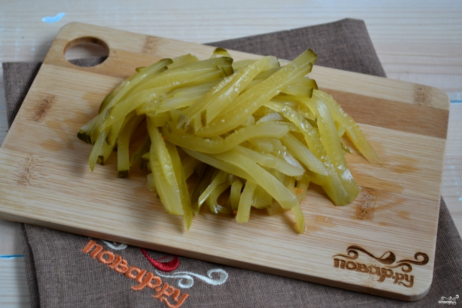 Салат из огурцов с морковкой по-корейски - фото шаг 4