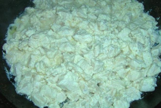 Тушеные куриные грудки - фото шаг 5