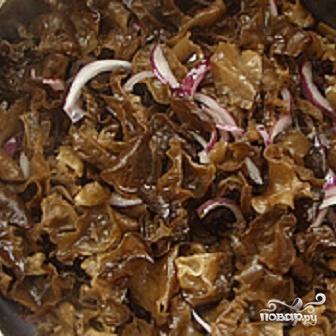Китайские древесные грибы муэр - фото шаг 2