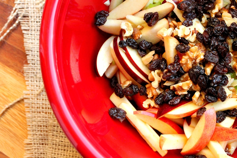 Салат из свежих яблок - фото шаг 6