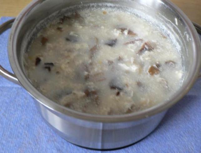 Суп из соленых грибов   - фото шаг 6