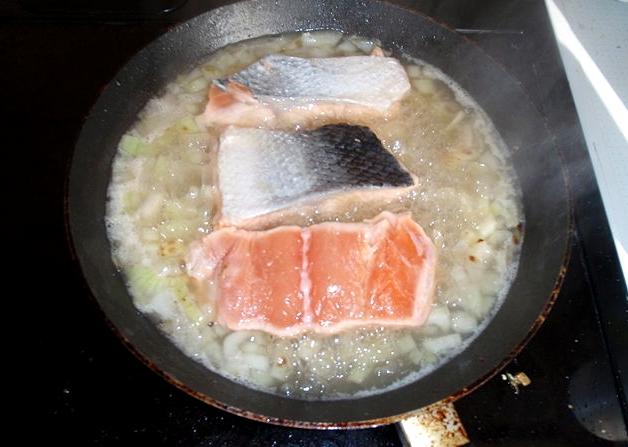 Отварной лосось - фото шаг 2