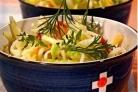 Капустный салат с яблоками