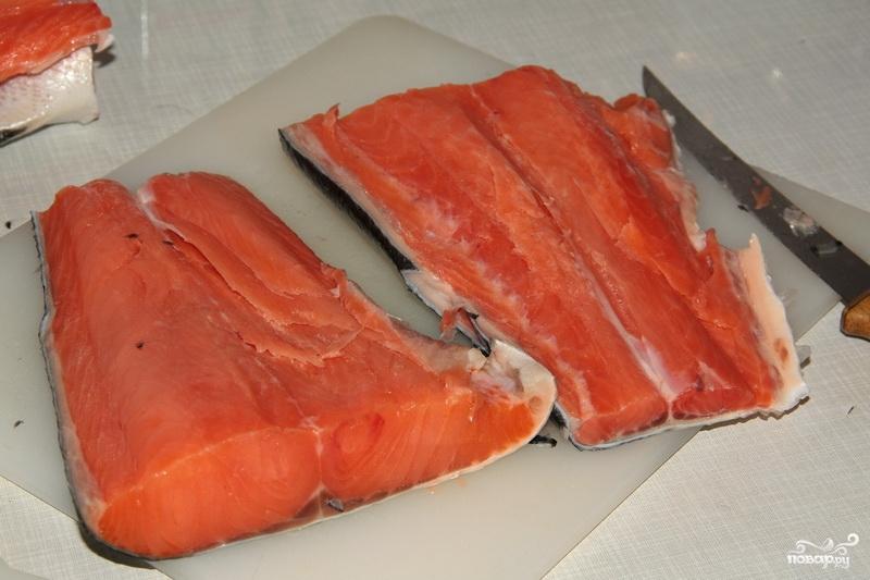Малосольная красная рыба - фото шаг 2