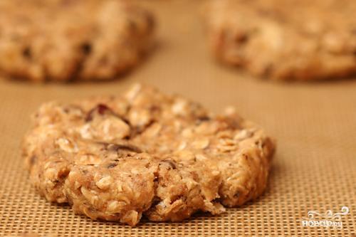 Овсяное печенье с шоколадом, вишней и орехами - фото шаг 2