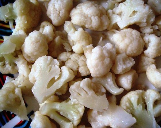 Рецепт Цветная капуста с помидорами и сыром
