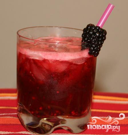 Алкогольный напиток с ежевикой - фото шаг 4
