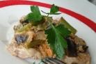 Мясо под овощами в духовке