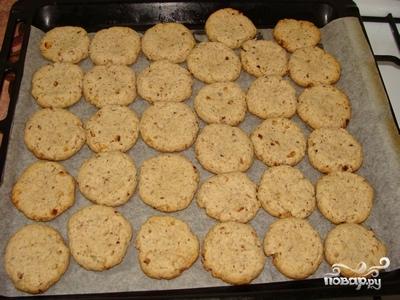 Постное печенье с орехами - фото шаг 3