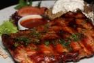 Рёбрышки свиные под соусом барбекю