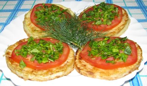 Кабачки жареные с овощами - фото шаг 5