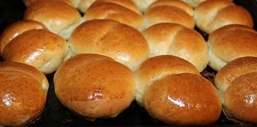 Как приготовить булочки в духовке