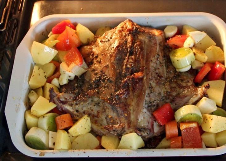 Баранина, жареная с овощами   - фото шаг 6