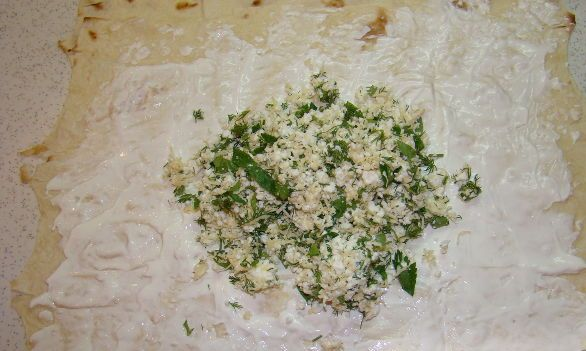 Армянский лаваш с сыром в духовке - фото шаг 1