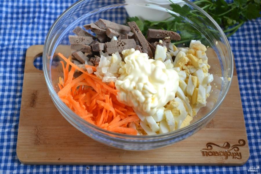 Салат с печенкой и корейской морковкой - фото шаг 5